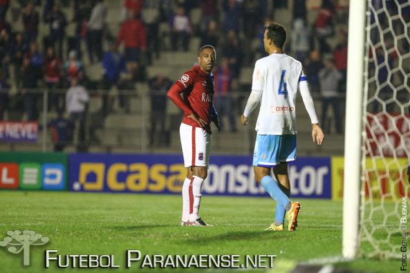 Robert prometeu 20 gols, mas deixa o Paraná sem marcar nenhum. (Geraldo Bubniak/Futebolparanaense.net)