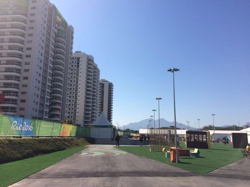 Vila Olímpica foi reprovada pela delegação da Austrália. (Reprodução/Twitter)