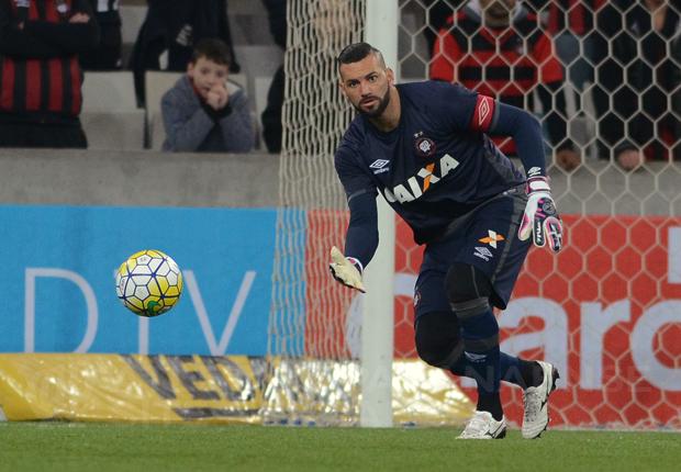 Weverton já era titular na campanha do vice-campeonato em 2013. (Divulgação/Atlético)