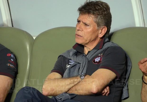 Autuori comemora condição física do elenco. (Divulgação/ Atlético)