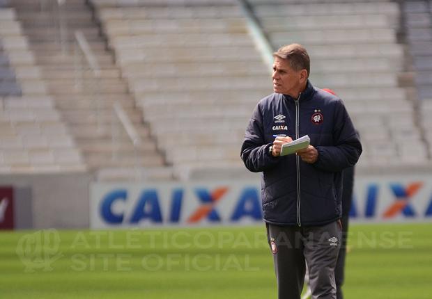 Paulo Autuori minimizou desfalques. (Divulgação/ Atlético)