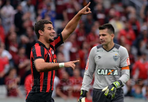André Lima marcou o gol atleticano no empate em 1 a 1 no primeiro turno. (Divulgação/Atlético)