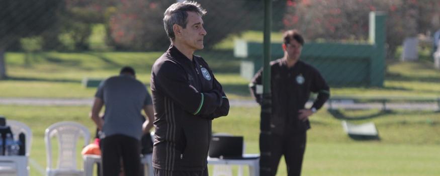 Carpegiani quer saber sobre situação dos lesionados. (Divulgação/ Coritiba)
