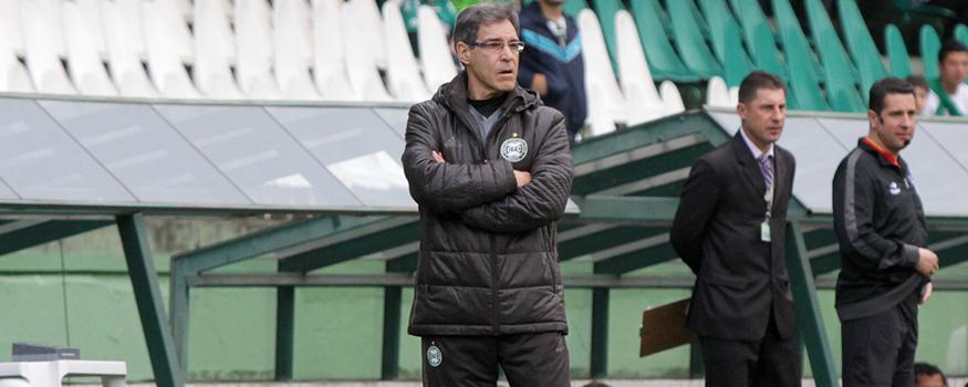 Carpegiani quer Coxa agressivo contra o Cruzeiro. (Divulgação/ Coritiba)