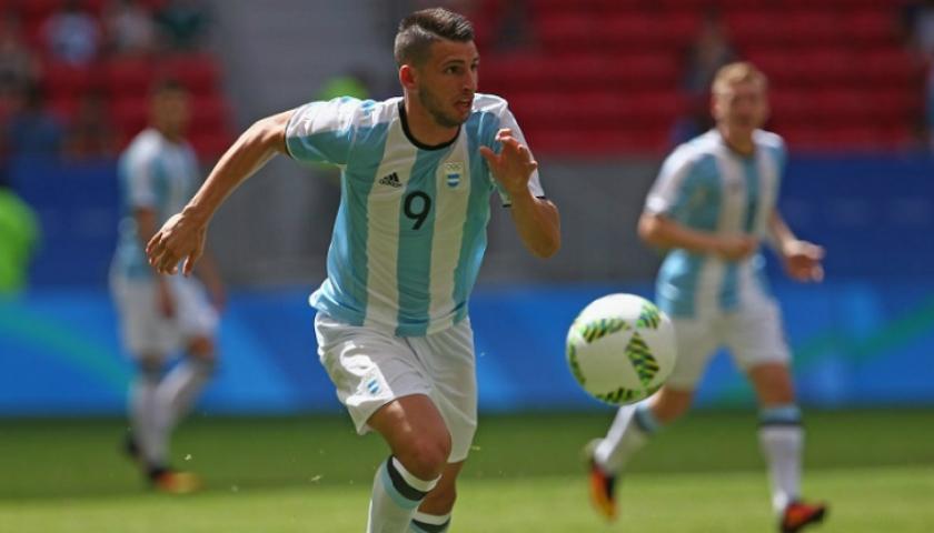 Calleri não conseguiu ajudar a Argentina na Olimpíada. (Divulgação/AFA)