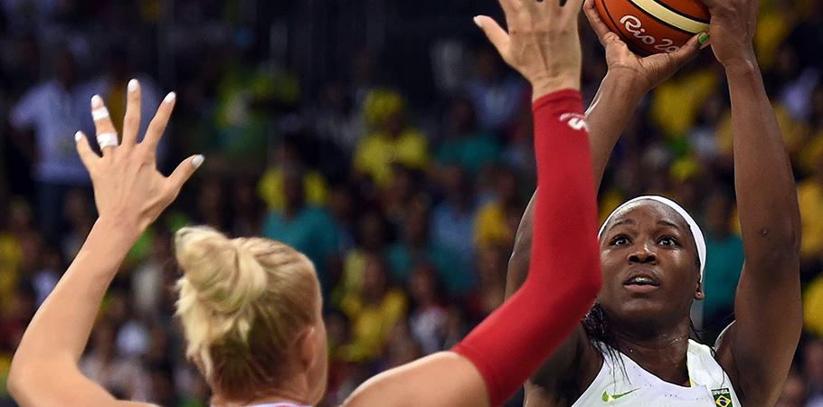 Brasil perdeu todas as partidas até o momento. (Divulgação/CBB)