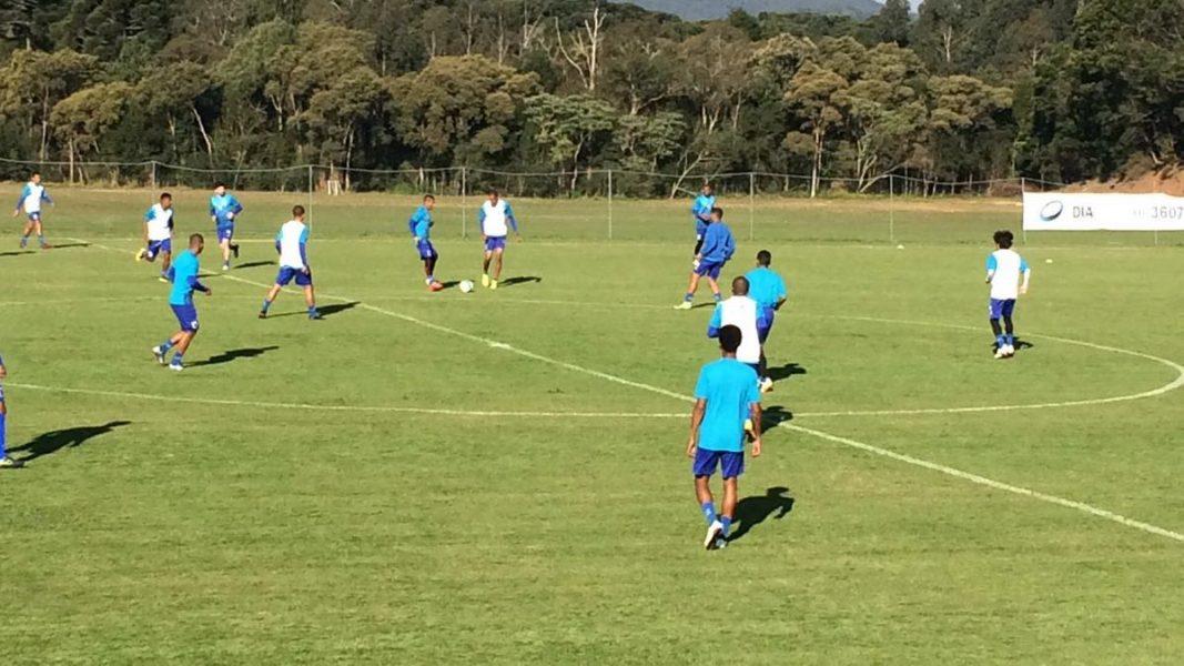 Paraná terá novidades no meio-campo para enfrentar o Bahia. (Osmar Antônio/Banda B)