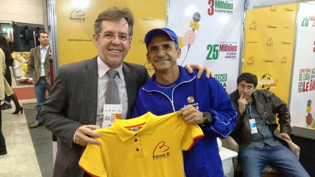 Paranaense recebeu a honra de acender a pira olímpica na Rio 2016. (Banda B)