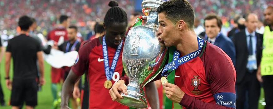 Cristiano Ronaldo foi campeão europeu de clubes e seleções. (Facebook/ Seleções de Portugal)