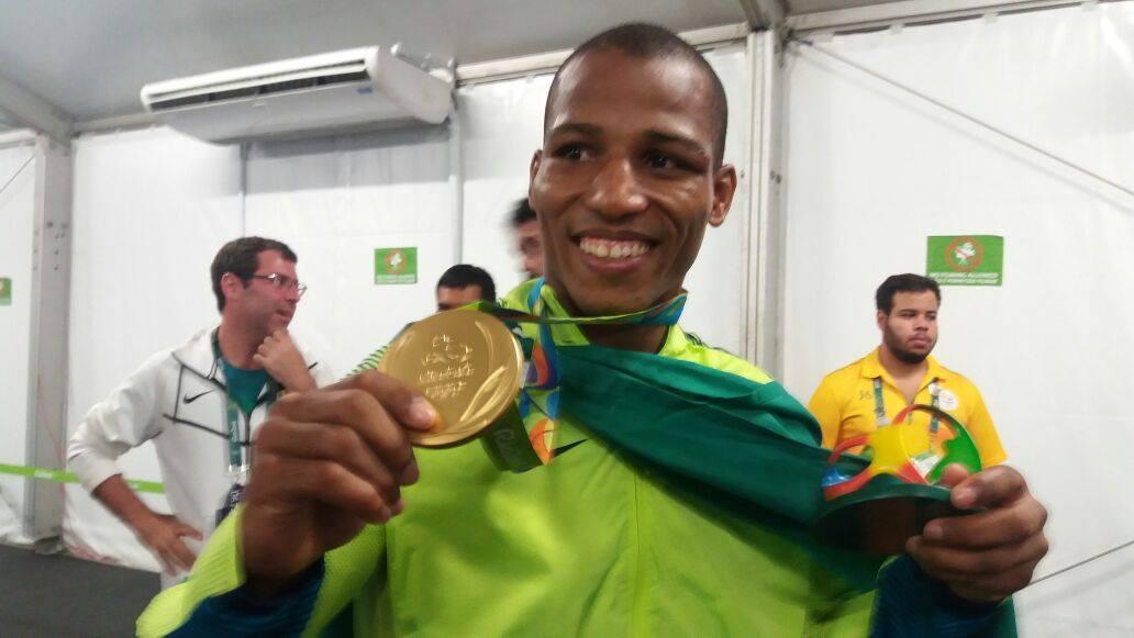 Robson Conceição conseguiu maior resultado da história do boxe brasileiro. (Divulgação/Time Brasil)
