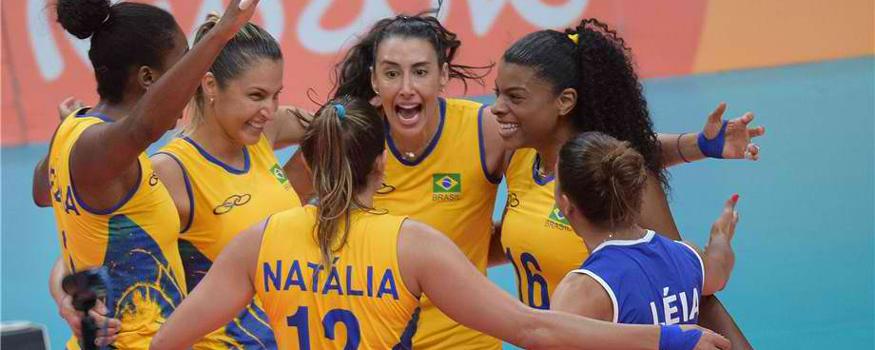 Seleção feminina de vôlei fecha primeira fase em primeiro lugar. (Divulgação/ FIVB)