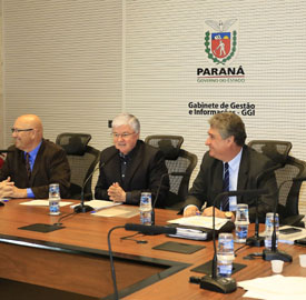 Romanelli, Rossoni e Mauro Ricardo (Foto: AEN)