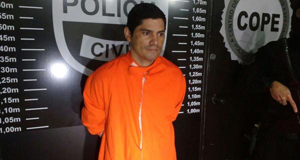 Batman agora irá permanecer preso (Foto: Flávia Barros - Banda B)