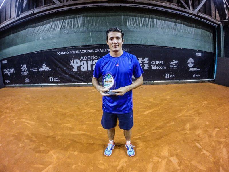Argentino Agustin Velotti perdeu apenas dois sets na campanha do título. (Divulgação/Aberto do Paraná de Tênis)