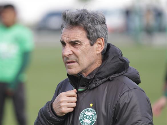 Carpegiani ganhou todas as partidas pelo Coritiba no Couto Pereira. (Divulgação/Coritiba)