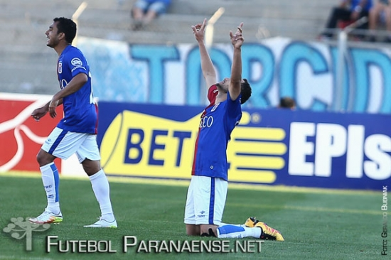 Paraná sobe cinco posições com a vitória. (Geraldo Bubniak/Futebolparanaense.net)