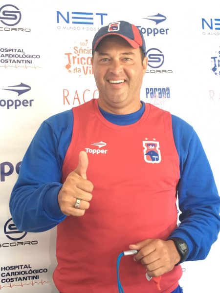 Roberto Fernandes estreará no comando técnico do Paraná. (Monique Vilela/Banda B)