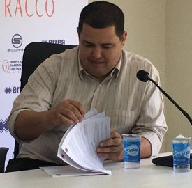 Leonardo Oliveira elogiou o novo treinador paranista. (Monique Vilela/Banda B)