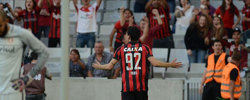 Pablo foi o protagonista da virada marcando os dois gols. (Divulgação/ Atlético)