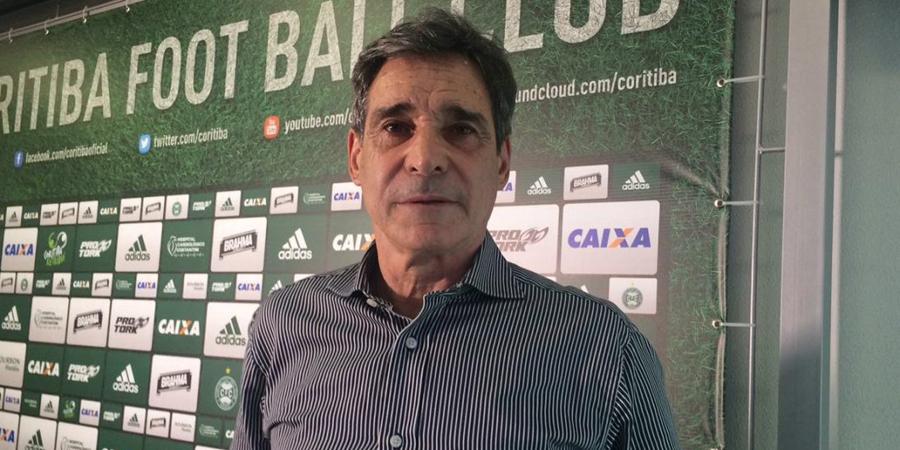 Carpegiani perdeu apenas uma vez em seis partidas no Coritiba. (Osmar Antônio/Banda B)
