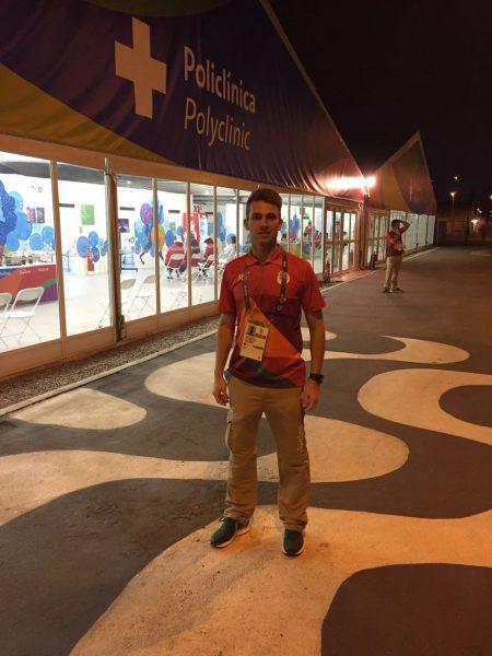 O curitibano Dr. Raul Furlani atendeu na Vila Olímpica. (Arquivo Pessoal)