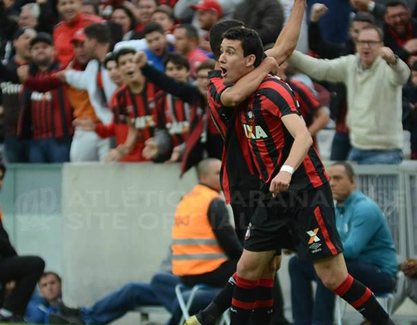 Pablo comemora o gol da vitória atleticana. (Divulgação/Atlético)