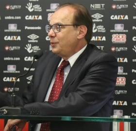 Sallim Emed quer renovar o contrato do zagueiro Thiago Heleno. (Pedro Melo/Banda B)