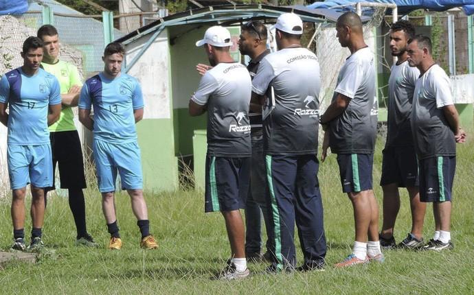 Milton do Ó foi vice-campeão estadual sub-19 neste ano. (Divulgação/Prudentópolis)