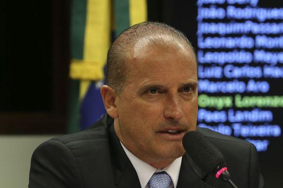 Brasília - A Comissão Especial do Projeto de Lei 4850/2016, que estabelece as medidas contra a corrupção, recebe o representante do Conselho Geral do Notariado Espanhol. Na foto, o relator, deputado Onyx Lorenzoni (José Cruz/Agência Brasil)