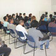 Agências do Trabalhador de Colombo disponibilizam informações sobre o aplicativo Sine Fácil