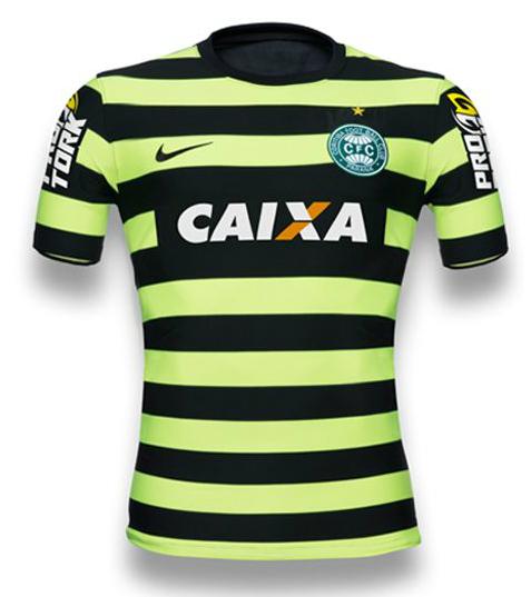 f8f1a4af09446 Camisa  alternativa  do Coritiba é eleita 3ª mais bonita do mundo - Portal  Banda B