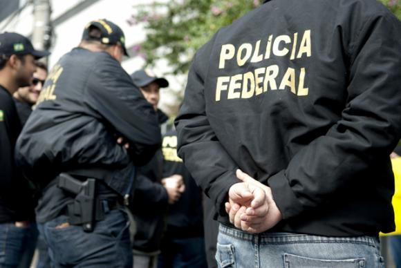 Resultado de imagem para Chefe das polícias especializadas do Rio é preso pela Lava Jato