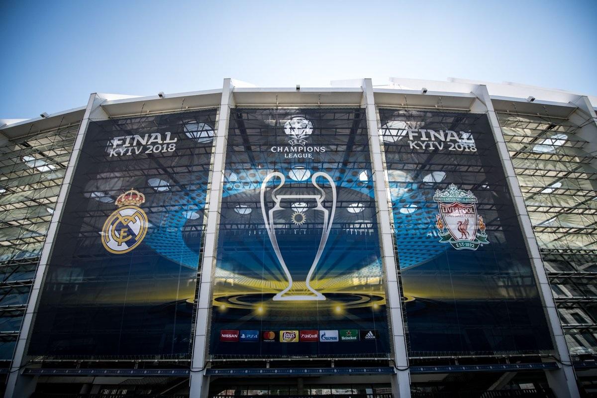 5a2a1f92fbf1e Espanhóis e ingleses decidem o título neste sábado (26) em Kiev