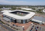 Brasil jogará em estádio de time da quarta divisão com história polêmica b63daaa1e6279