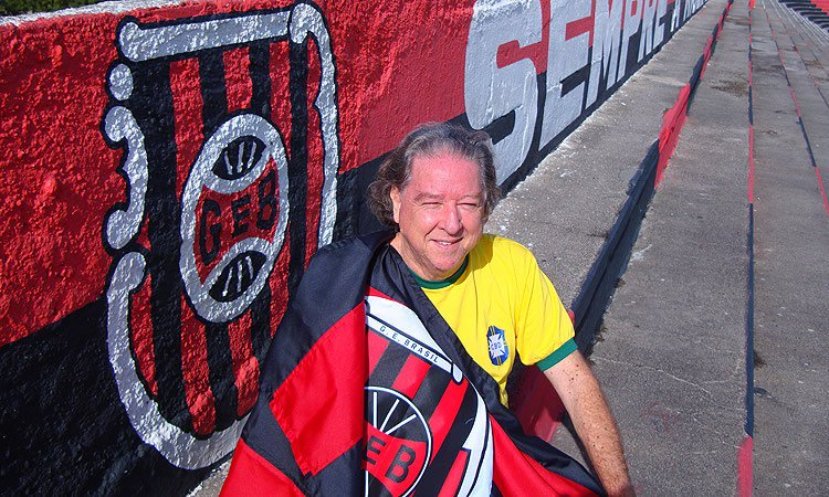 Morre em Pelotas o criador da camisa amarela da seleção brasileira bf01b19322e7f