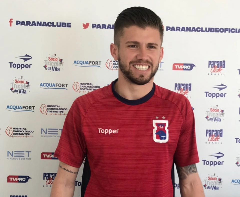 8e05bb3b5f Fluminense anuncia contratação de meia ex-Paraná por empréstimo ...