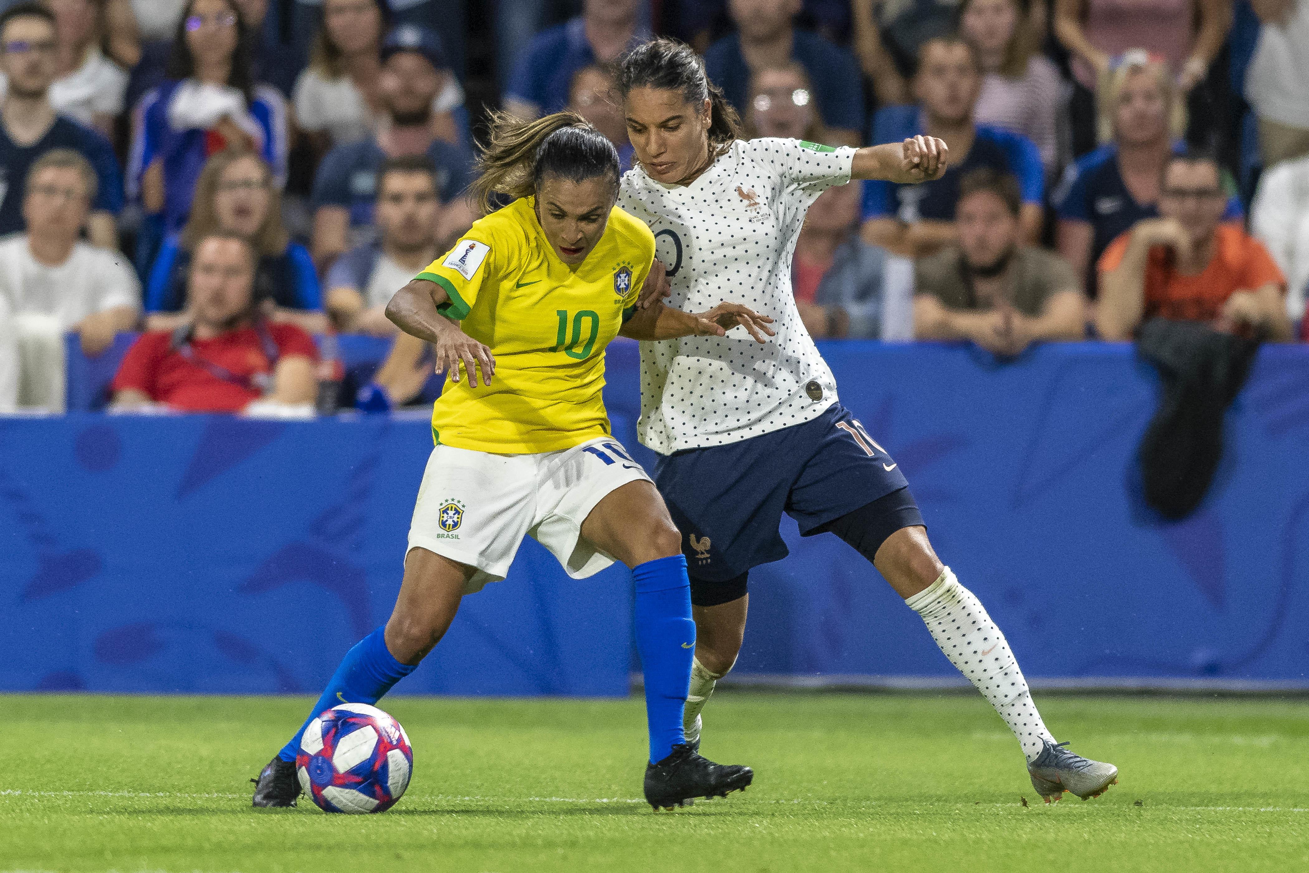 Resultado de imagem para Com gol na prorrogação, França vence e elimina Brasil no Mundial Feminino