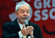 Lula defende impeachment