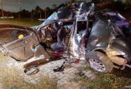 homens roubam pertences do carro da vítima
