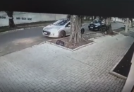 Carro foi furtado em menos de dois minutos