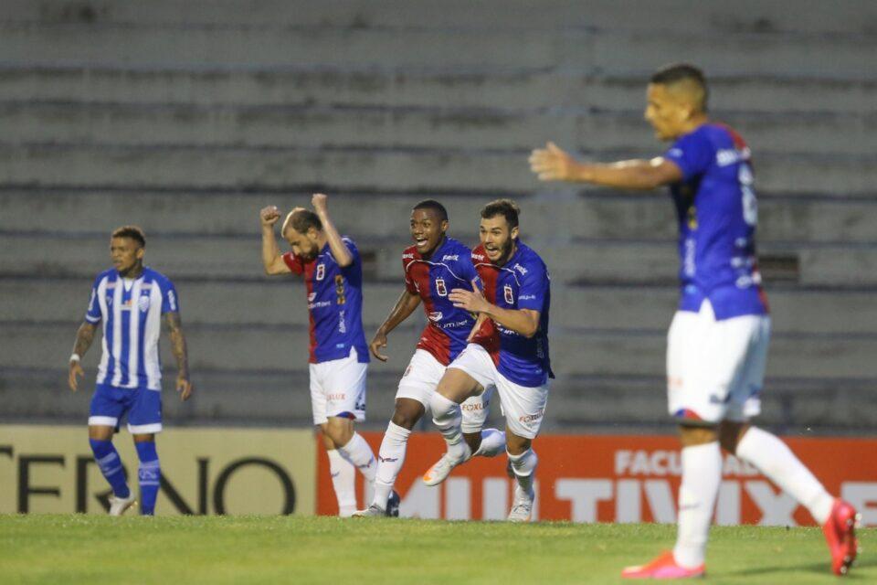 Paraná Clube - Geraldo Bubniak