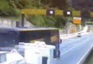 víeo mostra momentos antes do acidente de ônibus que matou 19 pessoas